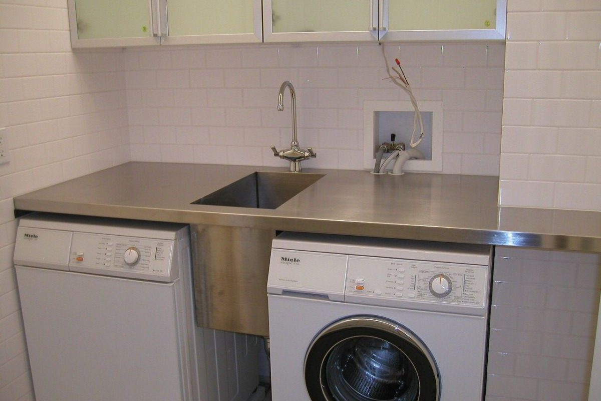 What to Consider When Installing Laundry Sinks?
