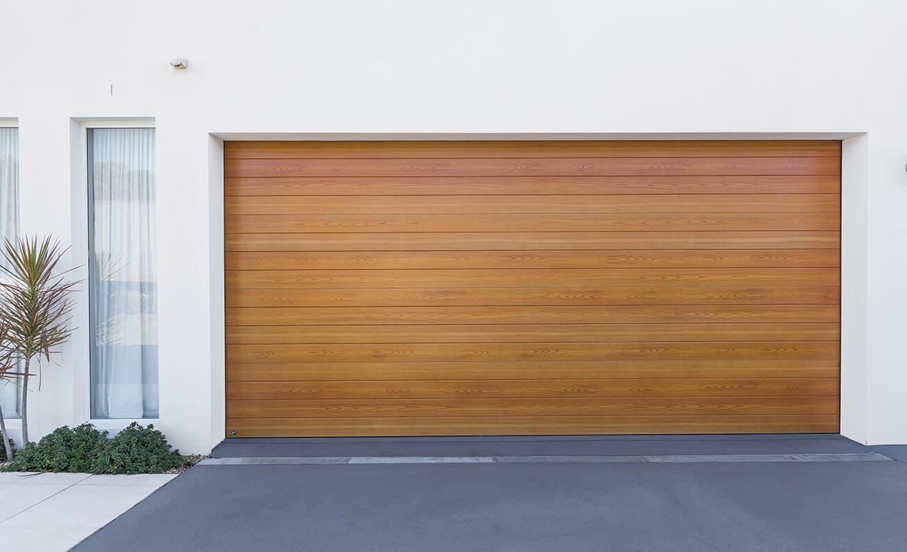 Having Issues With Garage Door? 5 Factors To Consider - Guest Post Today