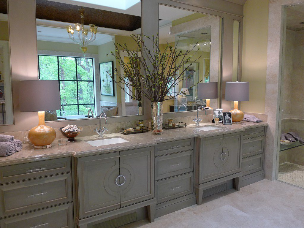 The small vanities in the bathroom completely change the look. The cabinets, small vases, and flowers gives a mellow look. The cheap bathroom vanities like tiles is great for renovation. The tiles are available in ceramic, natural stone and ceramic.