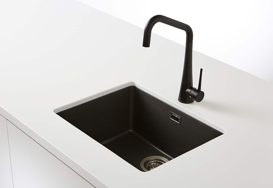 Characteristics To Consider When Buying Kitchen Sink