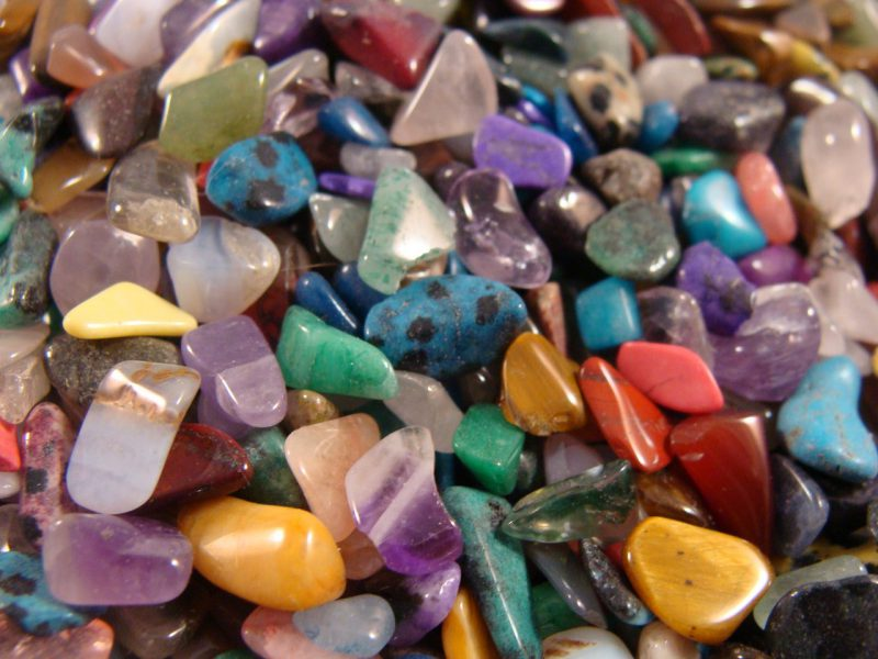 Tips on Gemstone Tiles to Beautify Home Interior