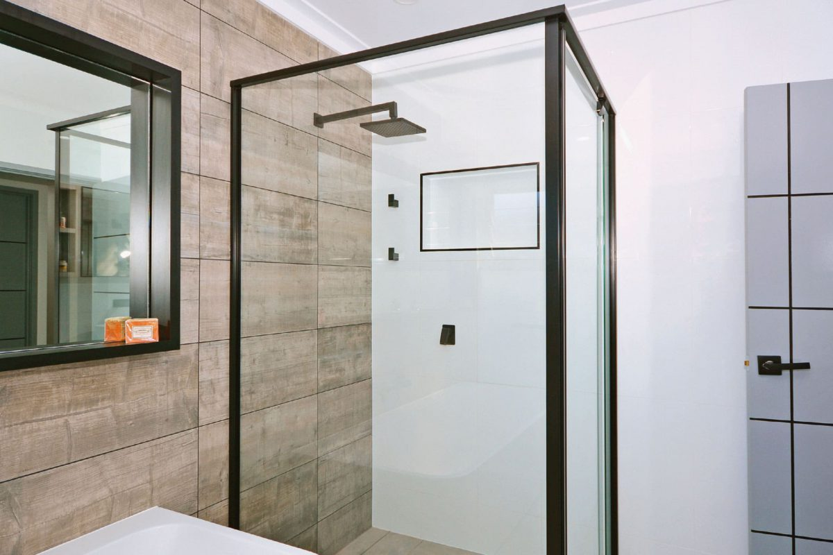 5 advantages of glass shower screens