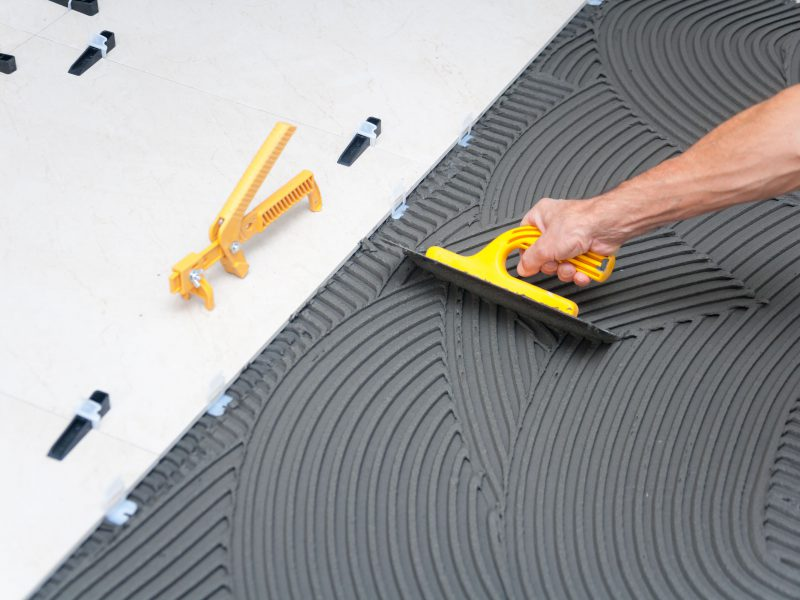 Get Along With The Best Types Of Tiling Tools First