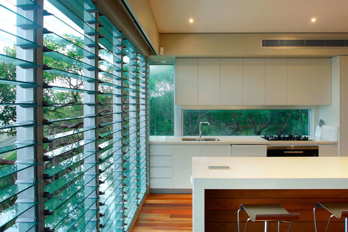 Why are Glass Louvre Windows Popular in Sydney?