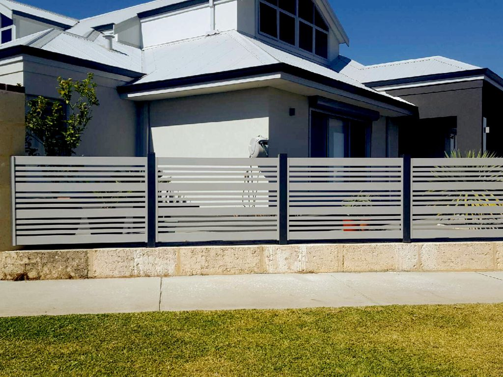 How to Avoid Common Mistakes When Making a Chain Link Fence with Privacy Slats
