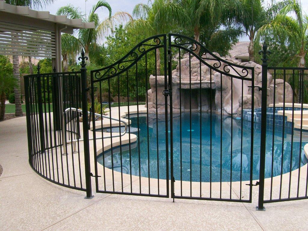 pool fencing carlingford