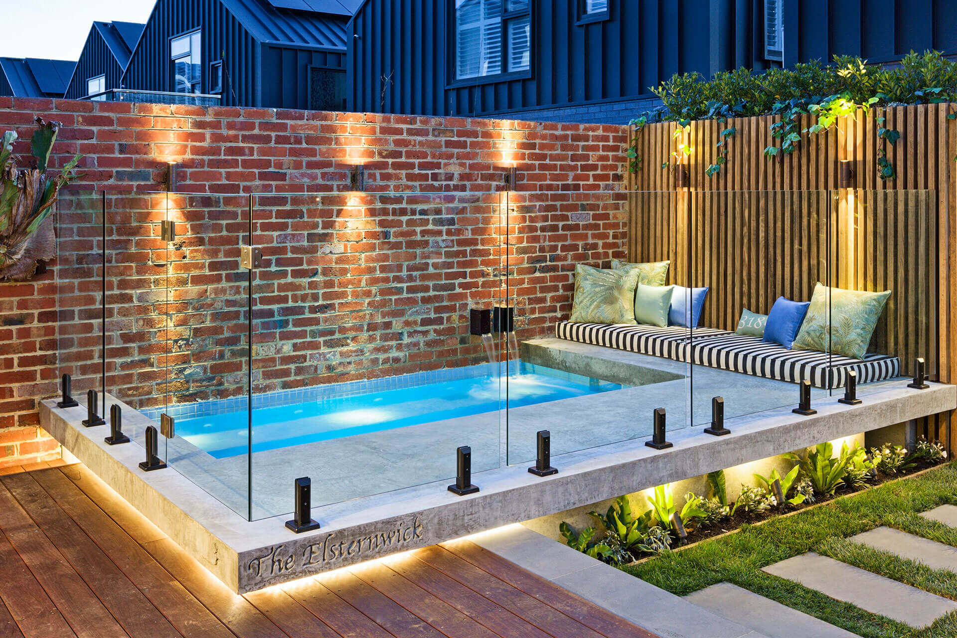 Why You Should Go For Glass Pool Fencing In Lugarno