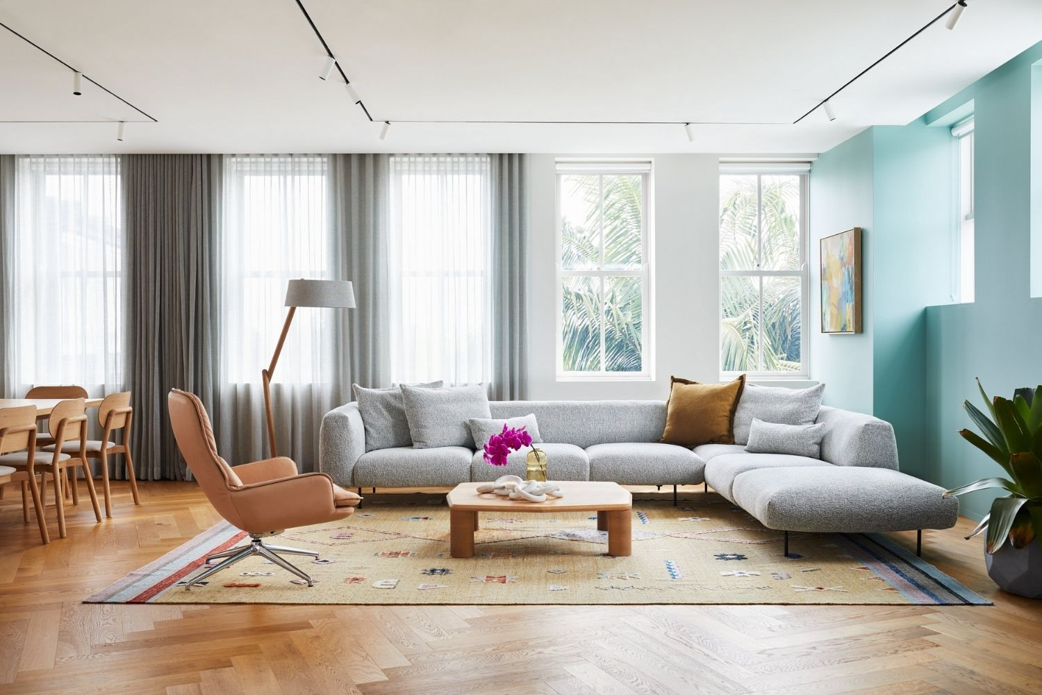 4 Major Tips To Find The Top-Rated Furniture Outlet In Sydney
