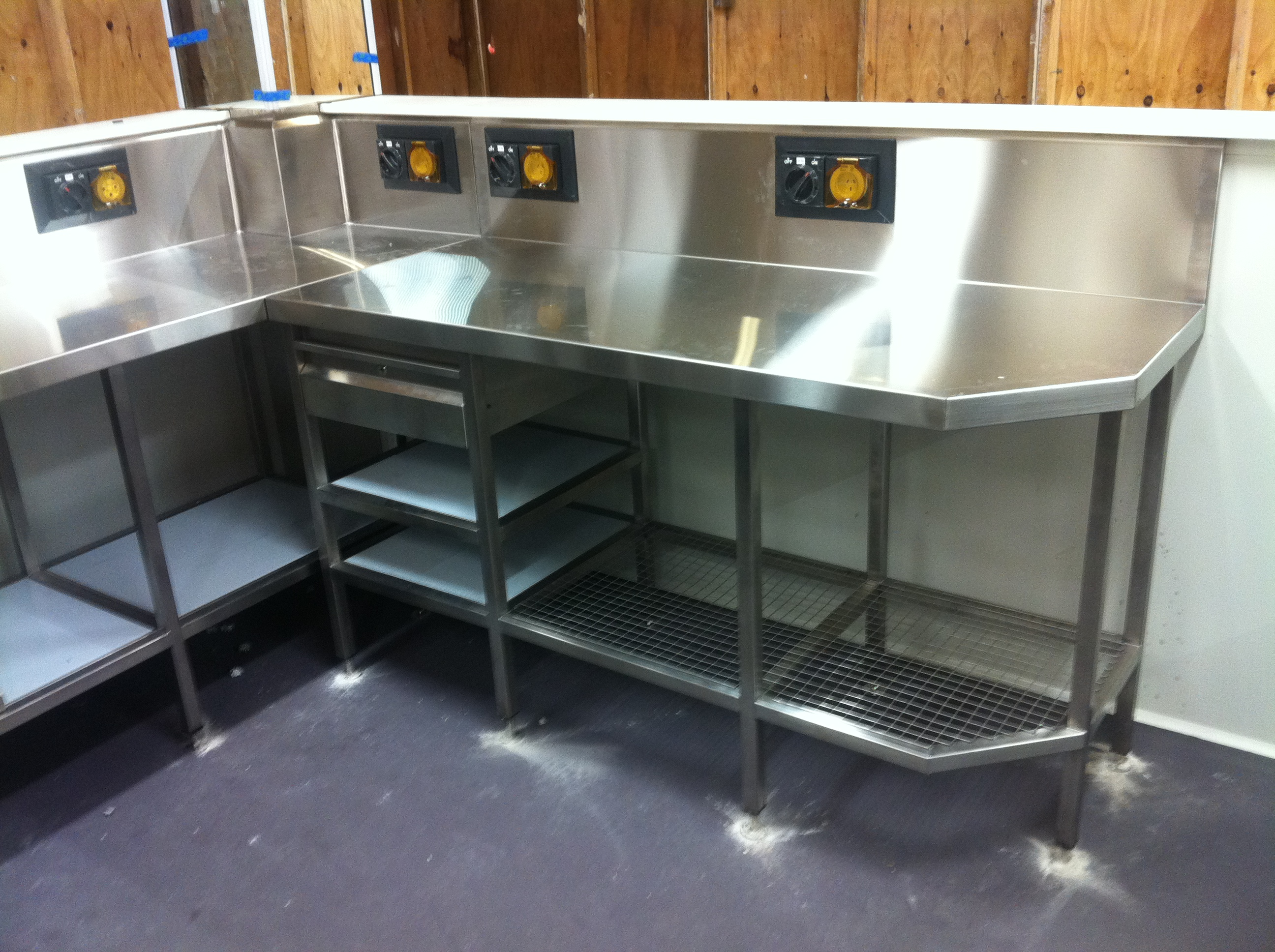 stainless steel commercial kitchen bench