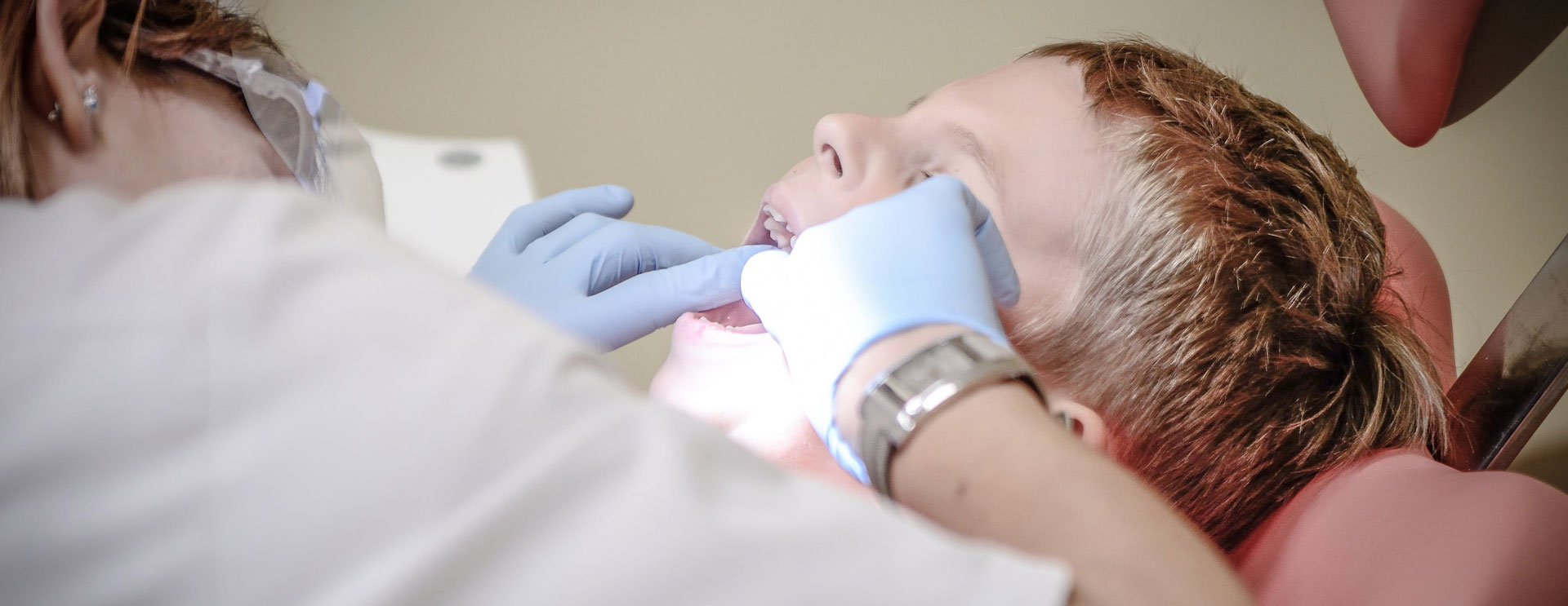 Importance Of Visiting A Professional Dentist In Darlinghurst For Teeth Whitening