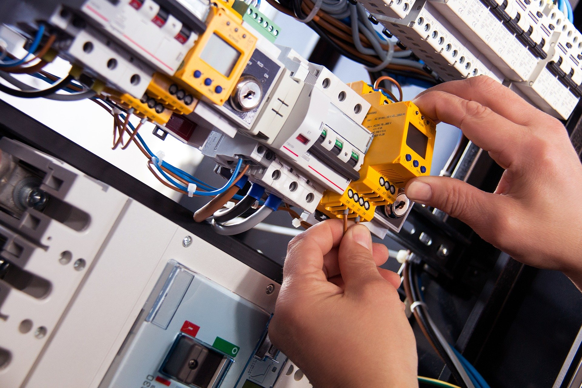 electrician in Vaucluse