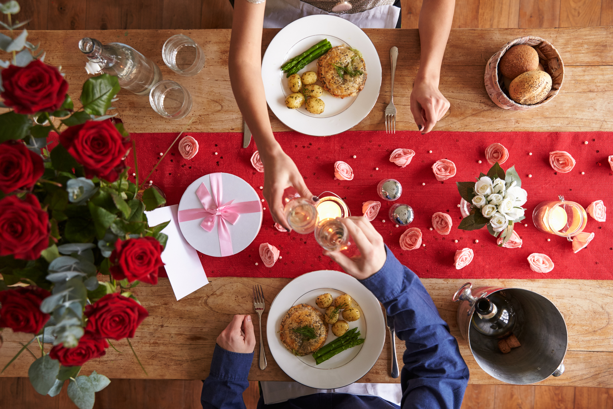 Tips That Will Help You Buy Your Perfect Dining Table Cloth!