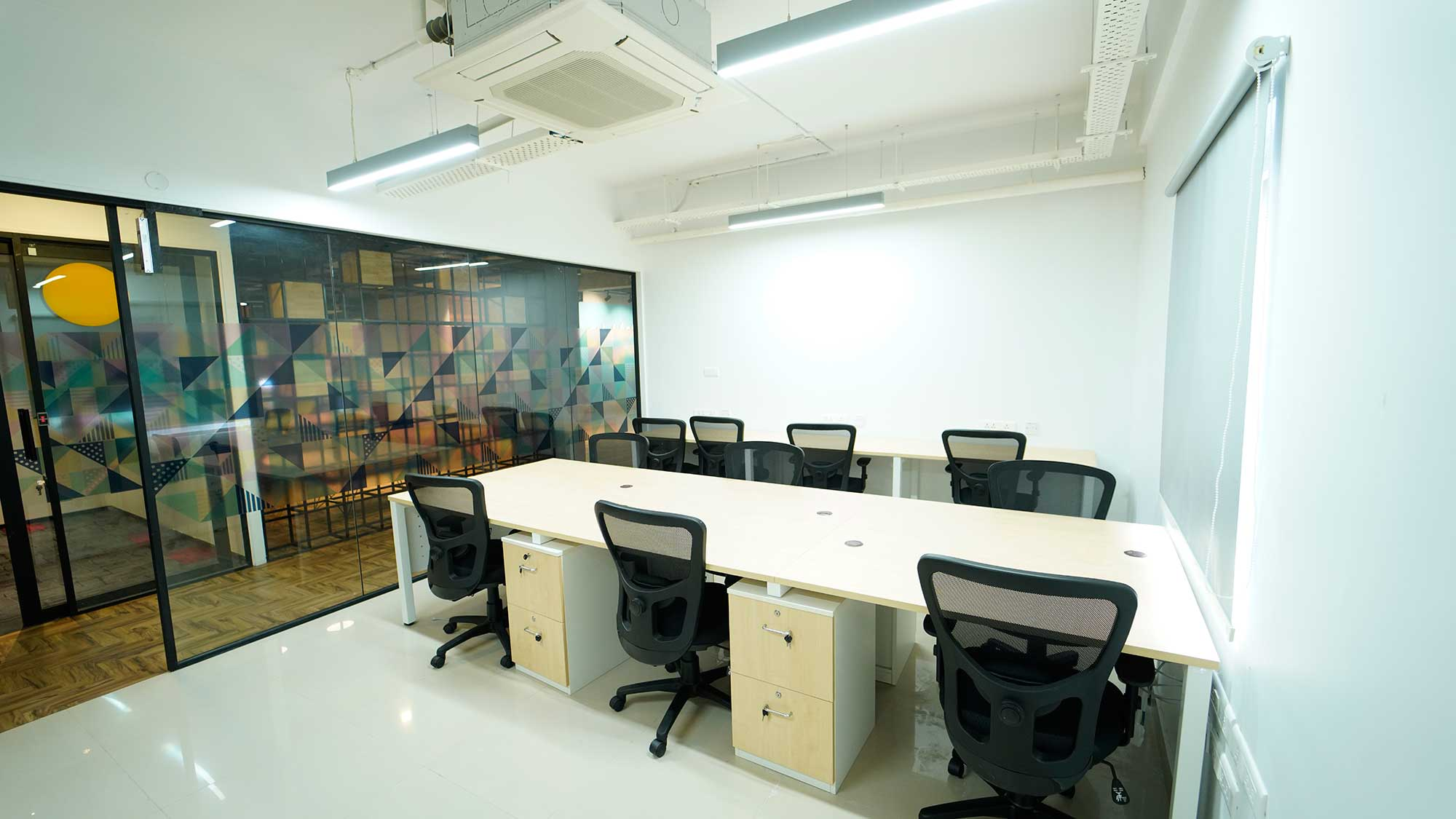 Benefits Of Shared Office Space For Rent